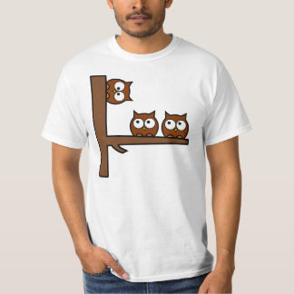Schrullige Eulen ringsum die Biegung Shirts