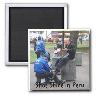 Schuh-Glanz im Park in Lima, Peru Kühlschrankmagnet