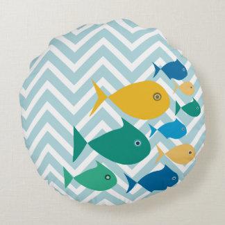Schule der Fische Zickzack Rundes Kissen