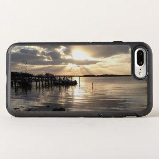 schützen Sie Ihr Telefon und feiern Sie den OtterBox Symmetry iPhone 8 Plus/7 Plus Hülle