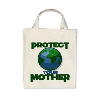 Schützen Sie Mutter Erde für Tag der Erde Tragetaschen