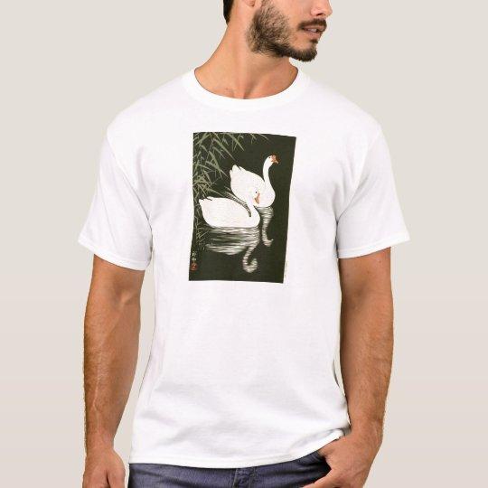 Schwäne und Schilfe T-Shirt