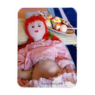 Schwangere Mama-Puppe Magnet