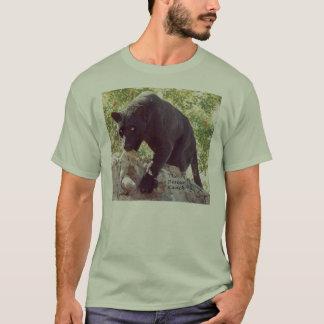 Schwarz-Leopard auf Felsen t T-Shirt