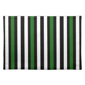 Schwarz und grün mit Weiß Stofftischset