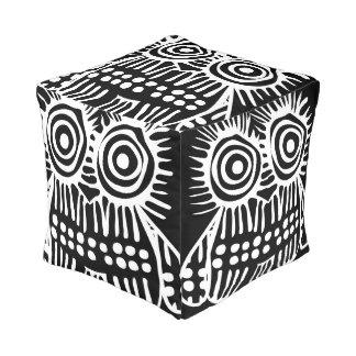 Schwarz-weiße rustikale Eulen-Vintages modernes Hocker