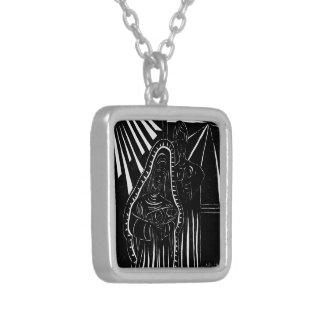 Schwarz-weißer abstrakter Nativity-religiöses Versilberte Kette