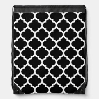 Schwarz-weißes Marokkaner Quatrefoil Muster #5 Turnbeutel