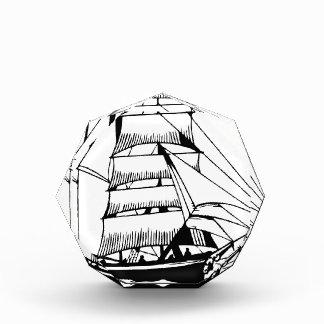 Schwarz-weißes Segelboot großartig Acryl Auszeichnung