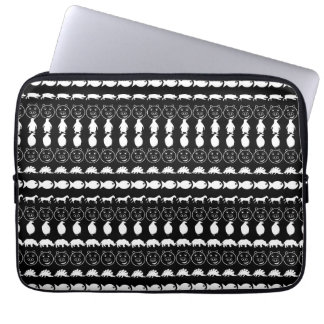 Schwarz-weißes Tier-Muster Laptop Sleeve