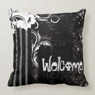 Schwarz-weißes willkommenes Schädelthrow-mit Kissen