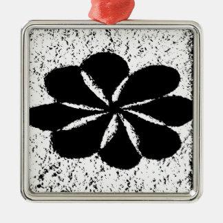 schwarze Blume Silbernes Ornament