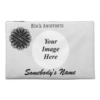 Schwarze Blumen-Band-Schablone Reisekulturtasche