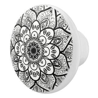 Schwarze BlumenMandala Keramikknauf