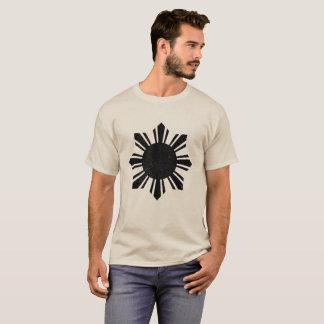 Schwarze Flagge Philippinen Sun T-Shirt