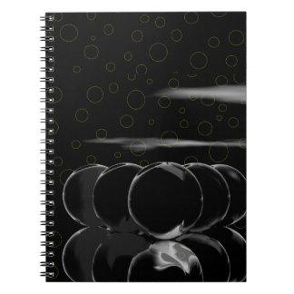 Schwarze Kugeln und Blasen Spiral Notizbücher