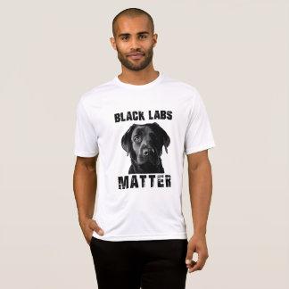 Schwarze Labrador-Angelegenheit T-Shirt