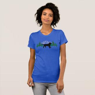 Schwarze Labrador-Kontur-immergrünes Baum-T-Shirt T-Shirt