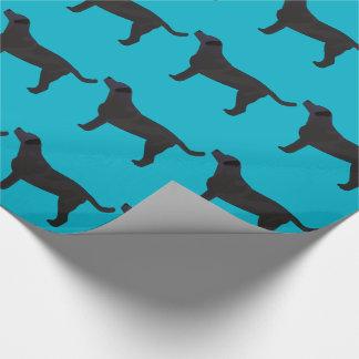Schwarze Labrador-Vorlagen bereit besonders Geschenkpapier