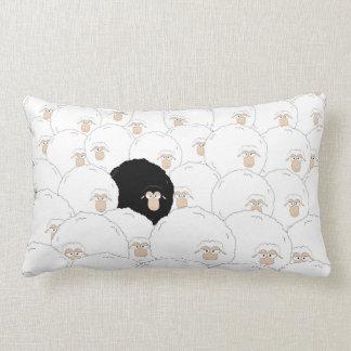 Schwarze Schafe Lendenkissen