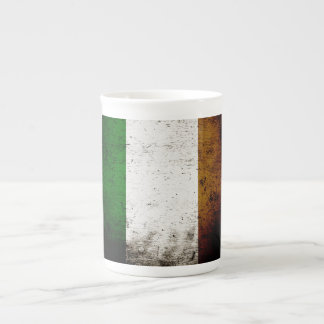 Schwarze Schmutz-Irland-Flagge Porzellantasse