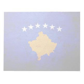 Schwarze Schmutz-Kosovo-Flagge Notizblock