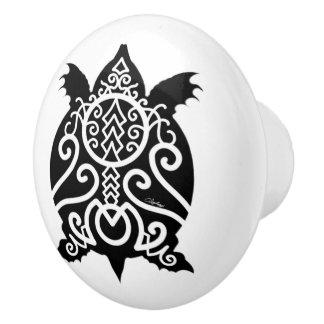 Schwarze Silhouettesnapper-Schildkröte Keramikknauf