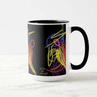 schwarze Tasse mit künstlerischer Touch