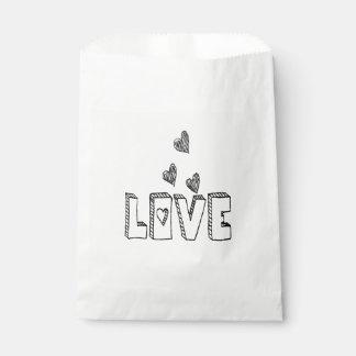 Schwarze u. weiße Liebe-Herzen - Hochzeits-Party Geschenktütchen