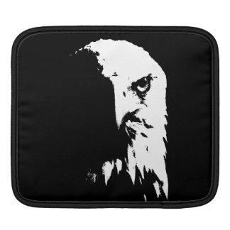 Schwarze u. weiße Weißkopfseeadler-Hülse iPad Sleeve