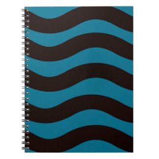 Schwarze und blaue gewellte Streifen Spiral Notizblock