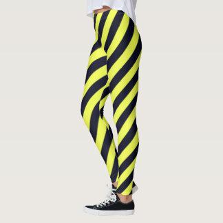 Schwarze und gelbe diagonale Streifen Leggings
