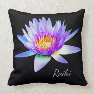 Schwarze und lila Reiki Lotos-Blume Kissen