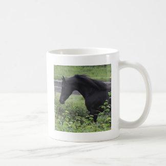Schwarzer arabischer Stallion Kaffeetasse