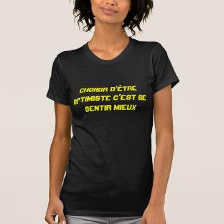 SCHWARZER AUSLADER OPTIMISTISCHE FRAU T-Shirt