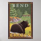 Schwarzer Bär im Wald - Biegung, Oregon Poster