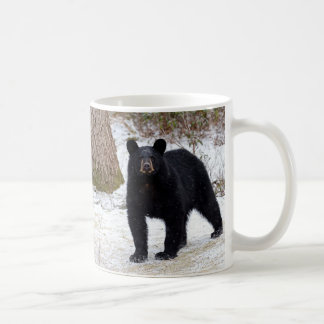 Schwarzer Bär Pennsylvanias im Winter Kaffeetasse