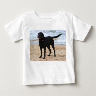 Schwarzer Labrador-Hund Baby T-shirt
