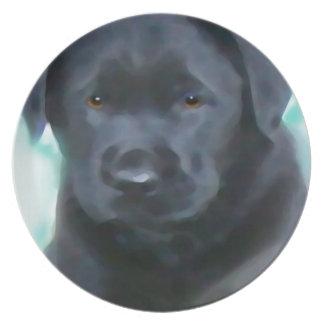 schwarzer Labradorwelpe 2 Teller