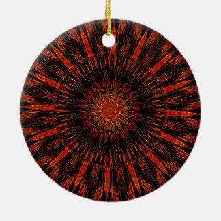 Schwarzer orange Rot-kaleidoskopischer Entwurf Keramik Ornament