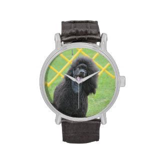 Schwarzer Pudel Uhr