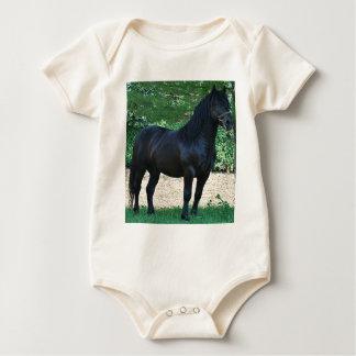Schwarzer Stallion Baby Strampler