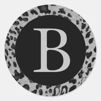 """""""Schwarzer u. grauer Leopard """" Runder Aufkleber"""