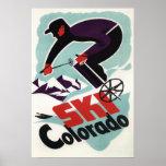 Schwarzer und lila gekleideter Skier Plakatdrucke