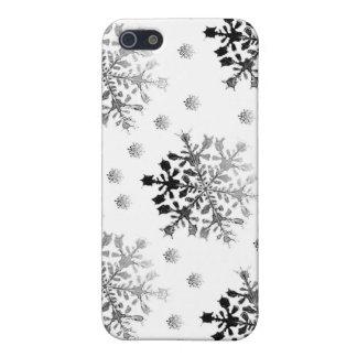 Schwarzes auf weißem Schneeflocke-Entwurf iPhone 5 Etui