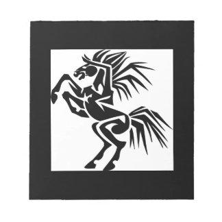 Schwarzes aufgeregtes Pferd Notizblock