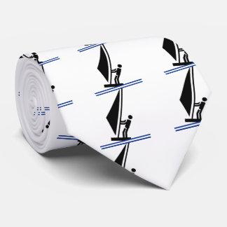 Schwarzes des Windsurfer an Bord, blaues Krawatte