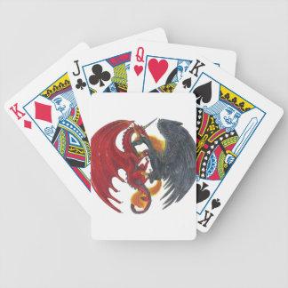 Schwarzes Feuer-Einhorn und roter Drache Bicycle Spielkarten