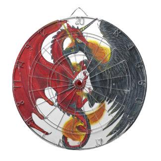Schwarzes Feuer-Einhorn und roter Drache Dartscheibe