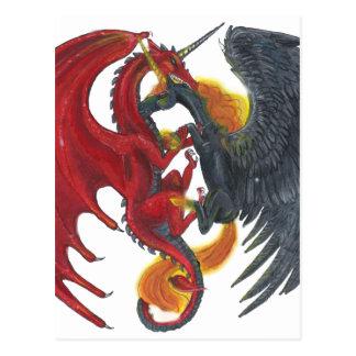 Schwarzes Feuer-Einhorn und roter Drache Postkarte